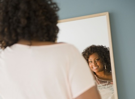 african-american-woman-mirror-400x295